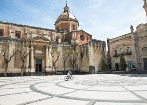 maastricht naar sicilië
